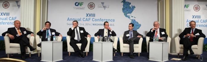 panelistas XVIII Conferencia anual CAF