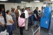 Ministro de Obras Públicas, Ramón Arosemena Crespo,  observa pruebas de nuevos equipos.